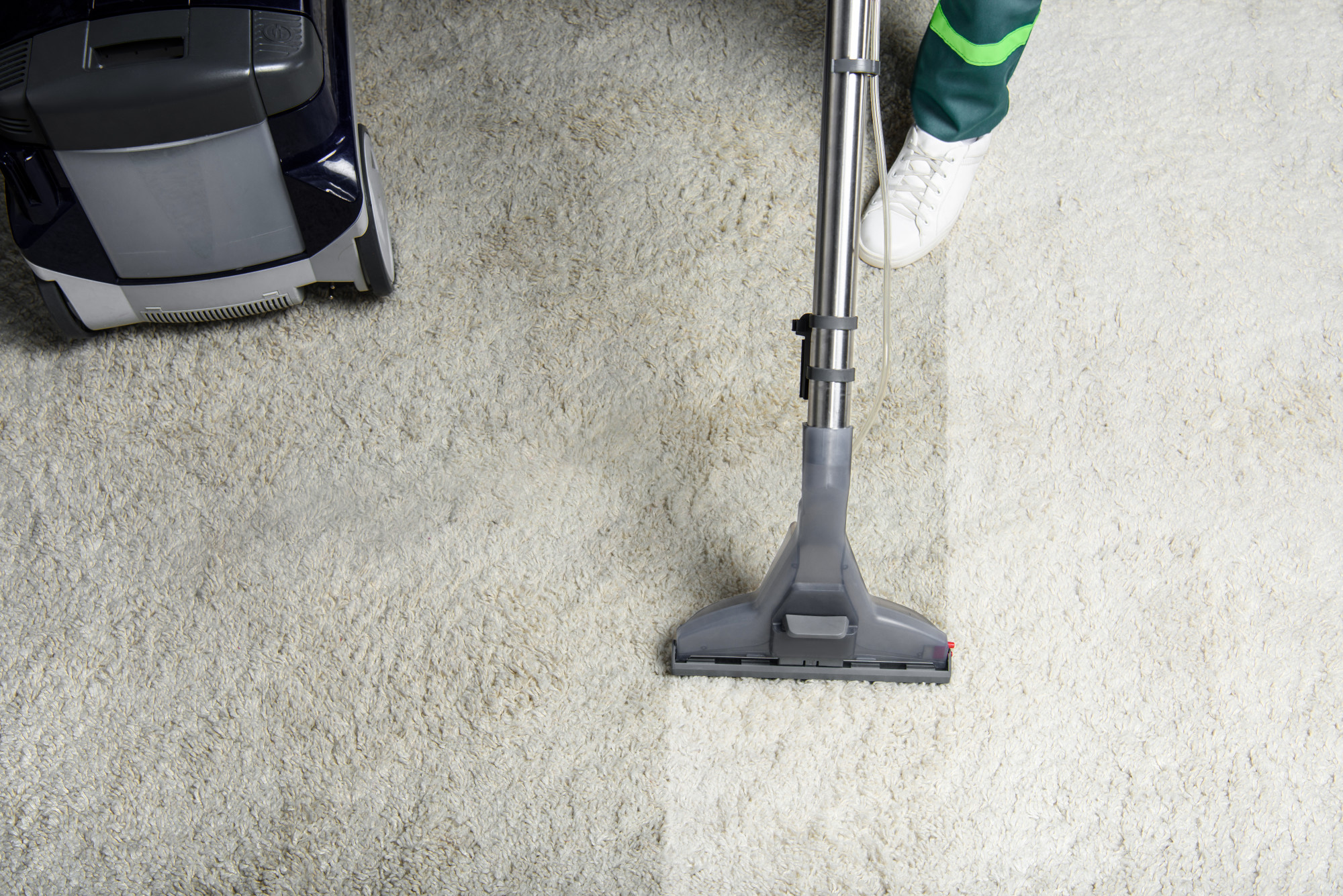 How to deep green clean carpets