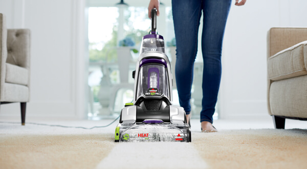 How to dry clean a carpet at home